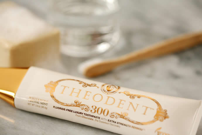 Theodent 強效美白牙膏 薄荷 Theodent Classic Whitening Crystal Mint 300