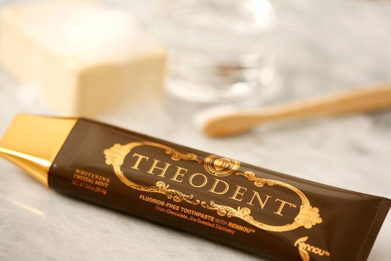THEODENT FLUORIDE-FREE TOOTHPASTE WITH RENNOU™ (Crystal Mint) 不含氟化物可可牙膏 (薄荷味)96g